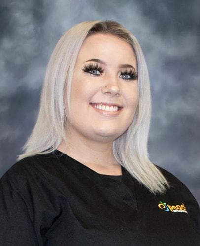 Lexi - Dental Assistant